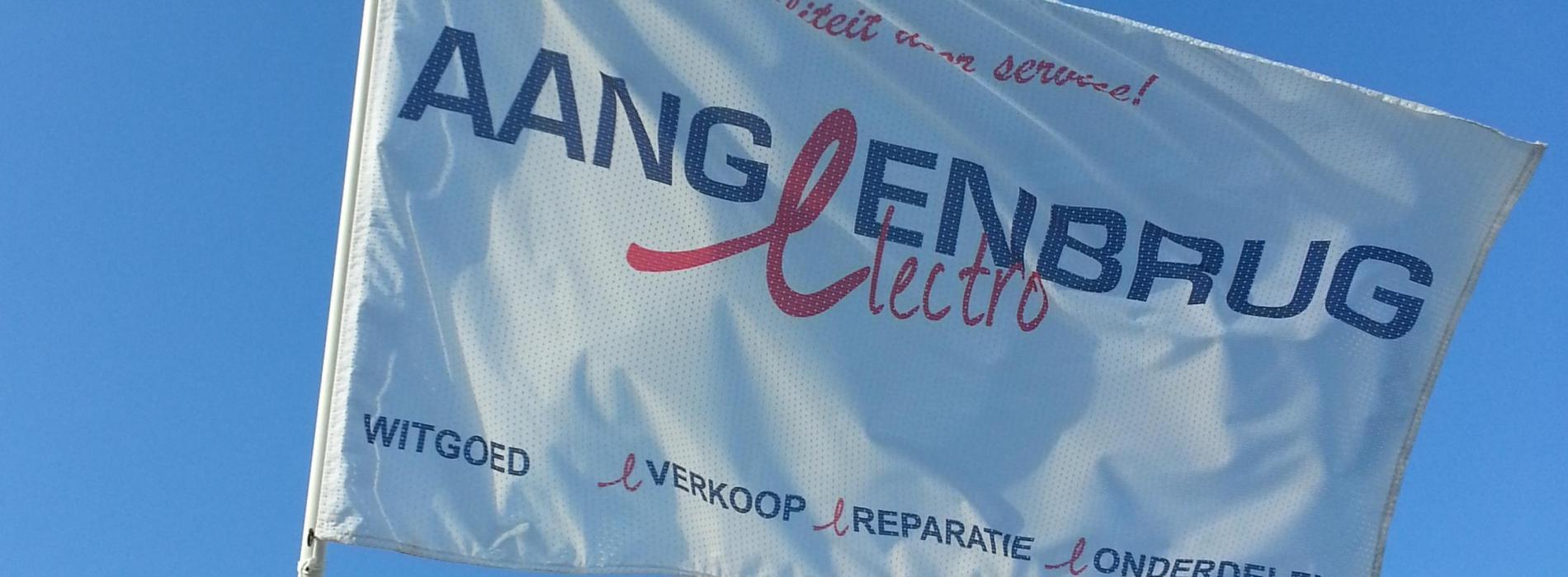 405-vlag.jpg - Aangeenbrug Electro
